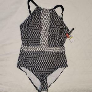 NWT Jantzen   Plus size one piece bathing suit